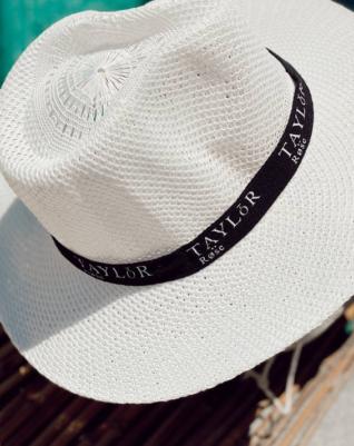כובע- טיילור רוז