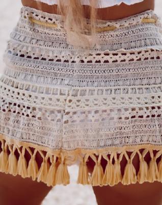 סקירט פרנז- חצאית חוף קרושה