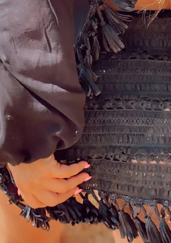 פראו שחור ביץ' וואר2